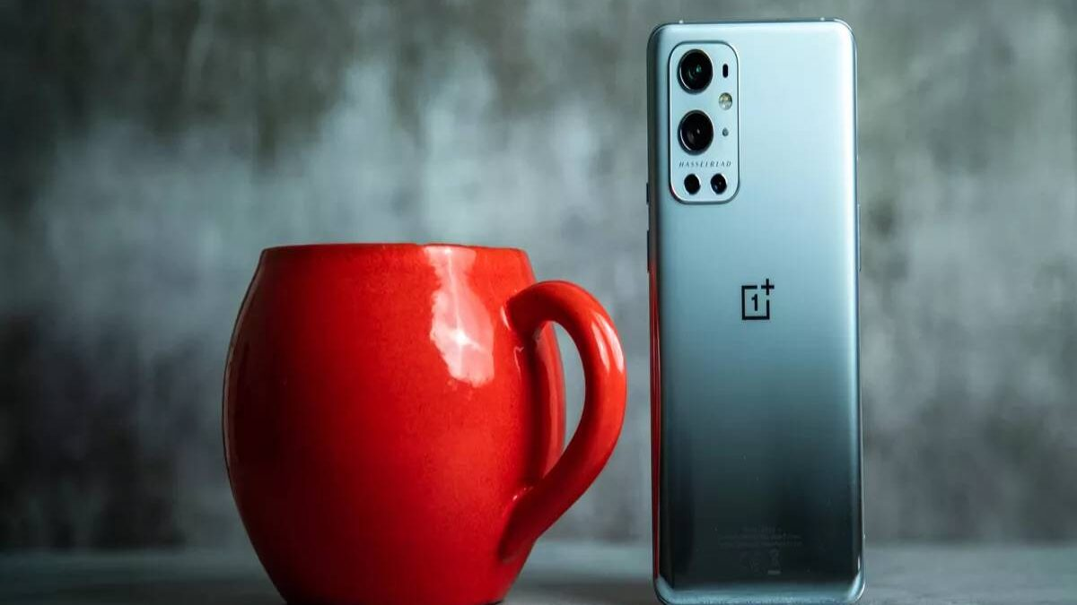 OnePlus 9 Pro Review – Deals, Design, Display, and More